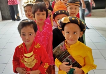 Parade Kostum Nasional, KB-TK Al-Fath Cirendeu